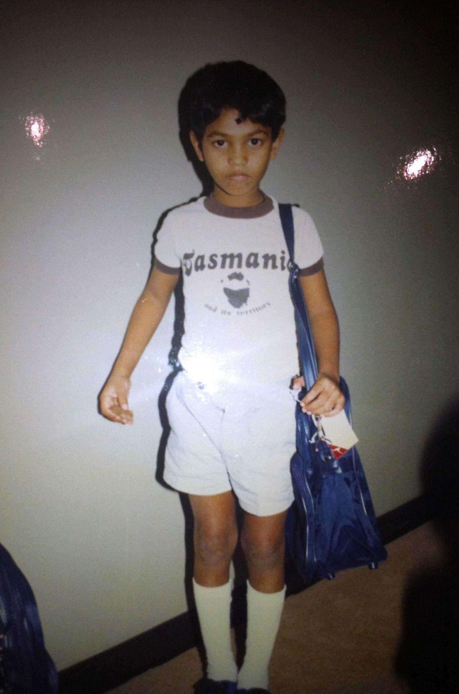 Saroo Brierley enfant, à son arrivée en Australie chez les Brierley.