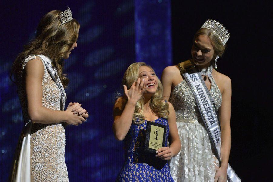 Mikayla Holmgren lors du concours de Miss Minnesota USA à Burnsville, le 26 novembre 2017.