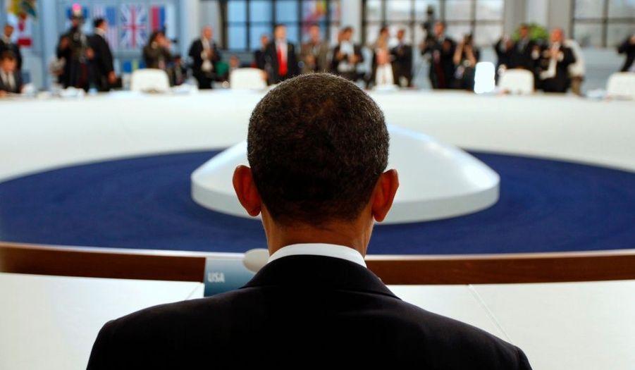 Le président américain Barack Obama et sa vue d'ensemble sur la salle de réunion.