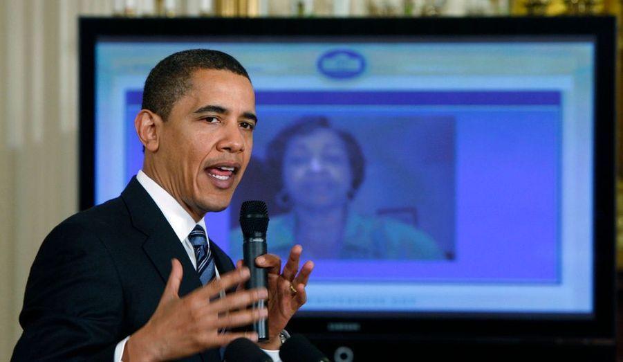 Le 25 mars, Barack Obama organisait le premier «chat» géant sur internet à la Maison blanche :« Open for Questions » (ouvert au questions). Une révolution en matière de communication.