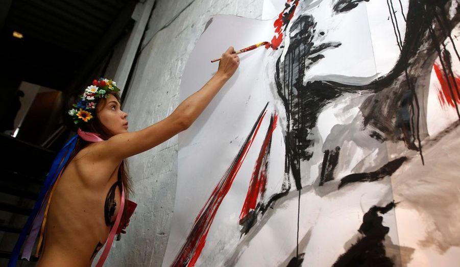 Les Femen sont aussi des artistes qui ont tout compris des règles de l'art contemporain.