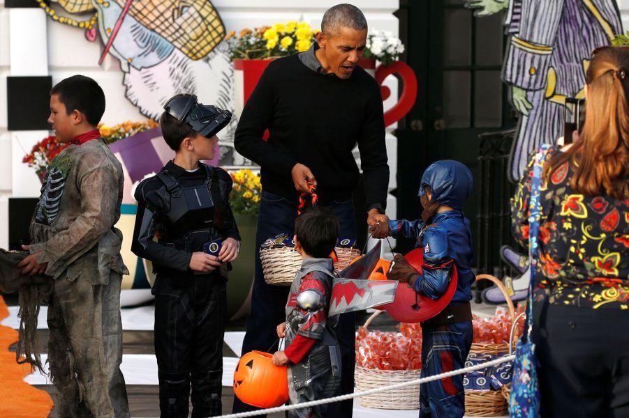 Les Obama fêtent leur dernier Halloween à la Maison-Blanche