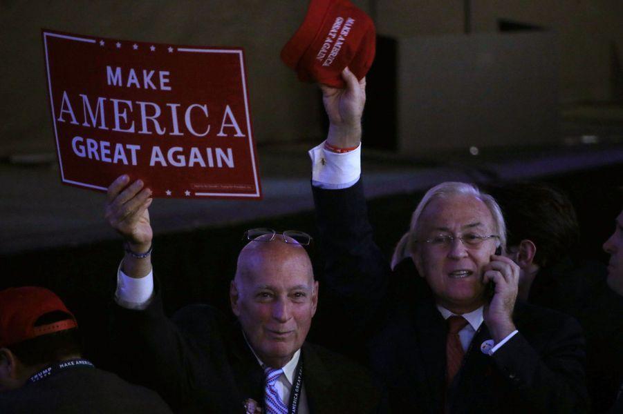 Les partisans de Donald Trump sont rassemblés à New York, le 8 novembre 2016.