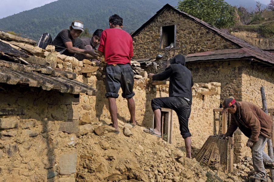 Népal, huit mois après le séisme