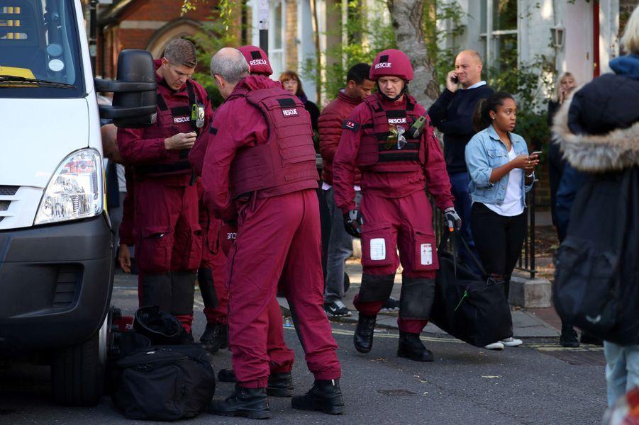 """Les premières images après """"l'attentat"""" commis à Londres"""