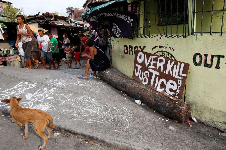 Les proches d'Eric, tué par la police philippine, réclament justice.