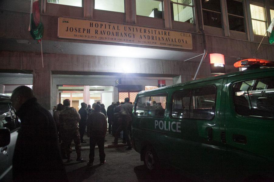 Au moins deux morts et 50 blessés dans l'explosion d'une grenade à Antananarivo, à Madagascar.