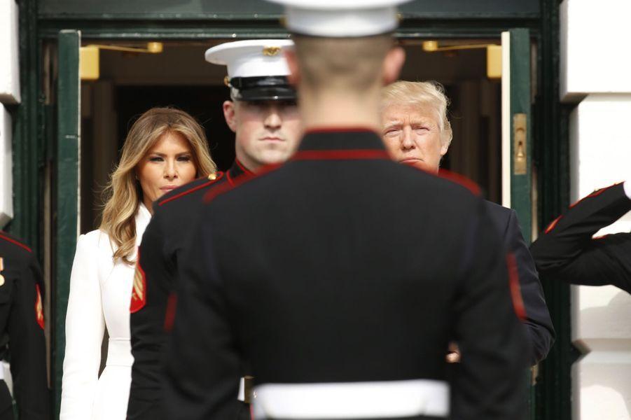 Melania et Donald Trump sur le perron de la Maison Blanche, le 15 février 2017.