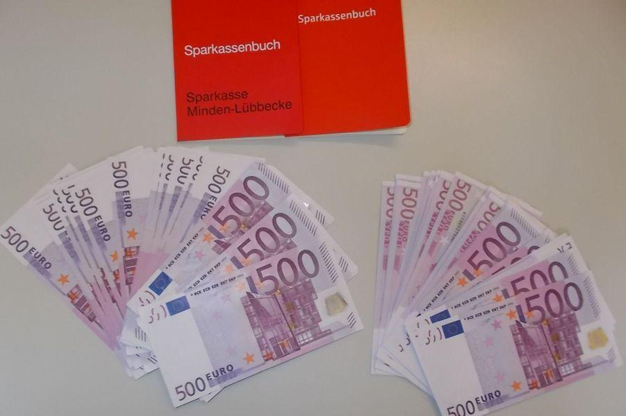 Allemagne: Muhannad, réfugié syrien, a trouvé 150.000€ et les a remis aux autorités.