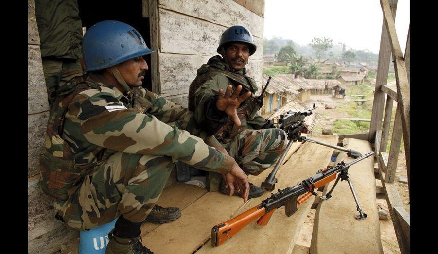 Samedi 4septembre, deux Casques bleus à Luvungi. Une quarantaine de soldats de la Monusco (mission de l'Onu au Congo) vont surveiller le village une dizaine de jours. Ils sont arrivés dix jours après les faits.