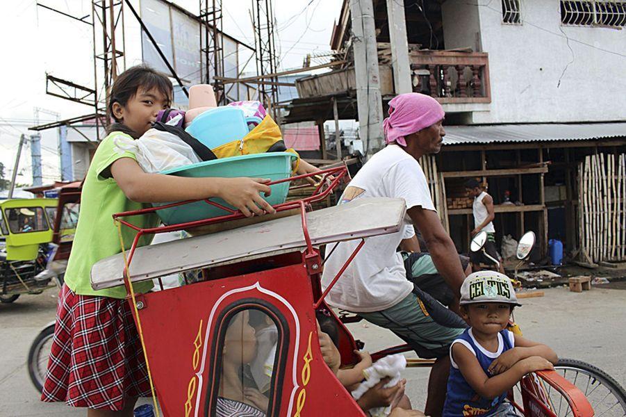 Le typhon Hagupit a déjà fait au moins 21 morts