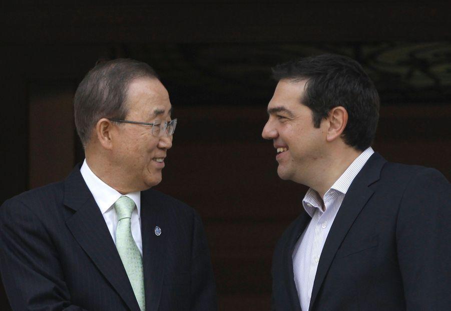 Quand Tsipras offre à Ban Ki-moon le gilet d'un migrant