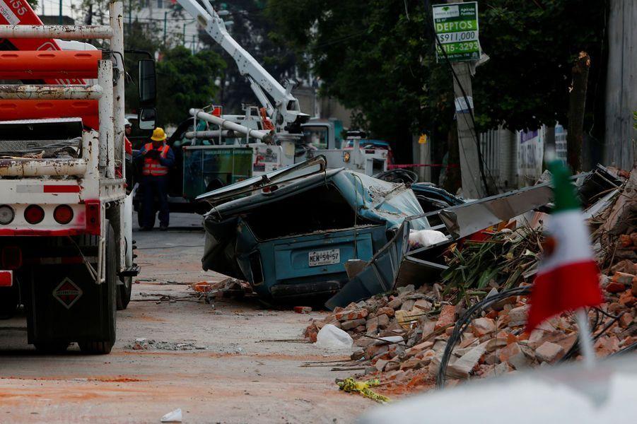 Des bâtiments se sont écroulés dans la ville de Mexico.