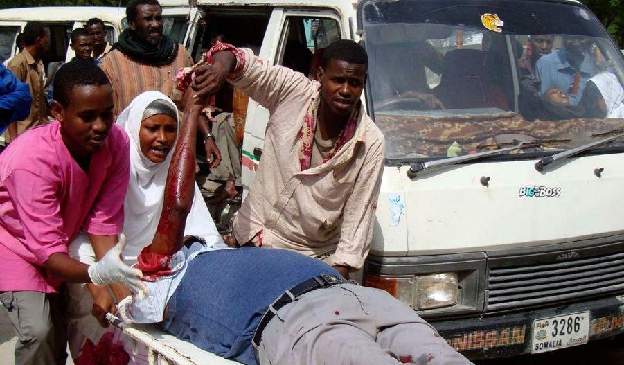 Mardi, un attentat-suicide au coeur de Mogadiscio a fait trente morts, dont six membres du parlement.