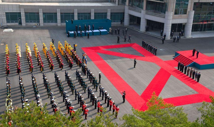 Kim Jong-un et Moon Jae-in, àPanmunjom, vendredi.