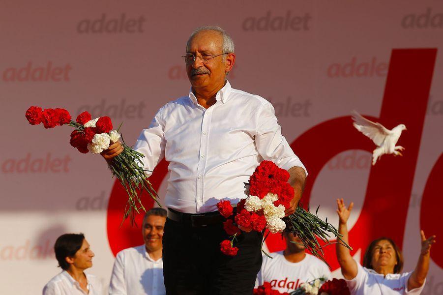 Kemal Kiliçdaroglu, le chef du Parti républicain du peuple (CHP).