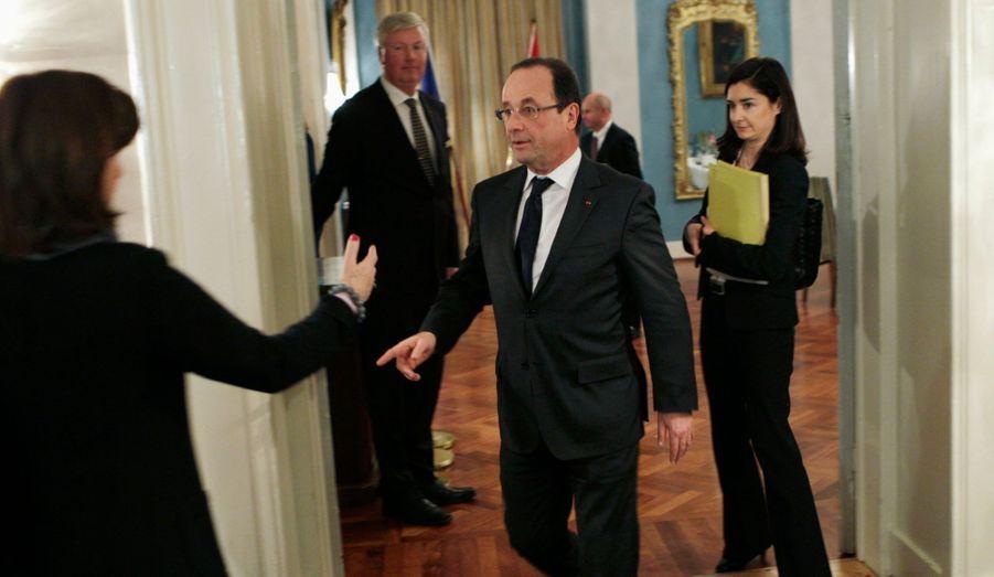Hollande en coulisse