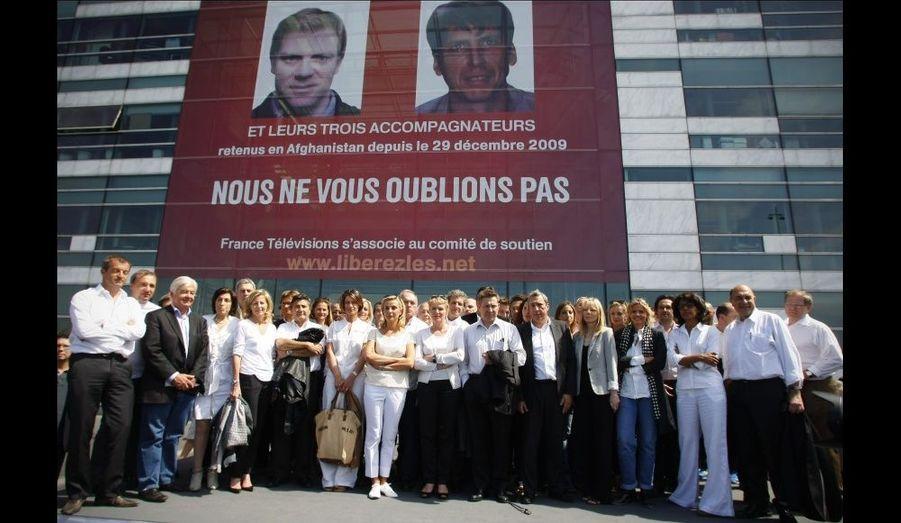 Ce même jour, les journalistes de France Télévision s'étaient rassemblés devant le siège de France 3.