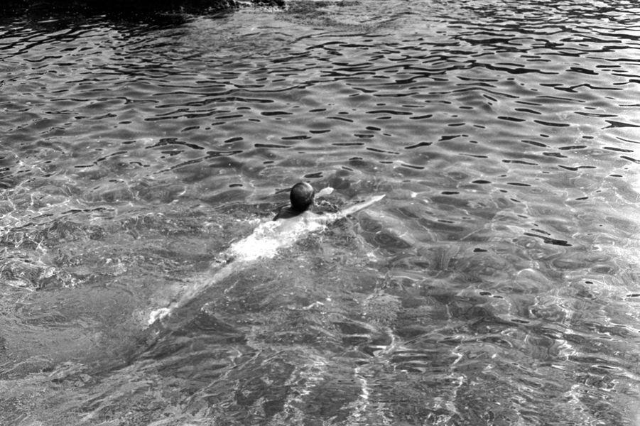 Valéry Giscard d'Estaing en vacances à Saint-Jean-Cap-Ferrat en août 1974.