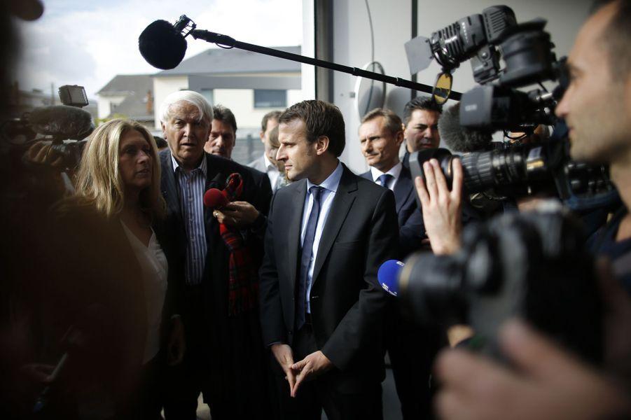 Emmanuel Macron en visite au Mans, le 11 octobre 2016.