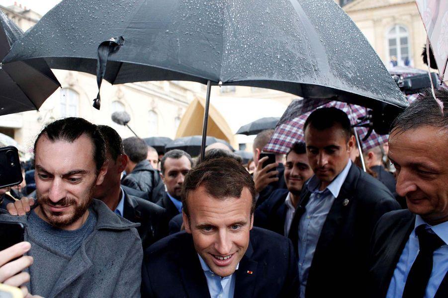 Pour Macron, son épouse Brigitte est son