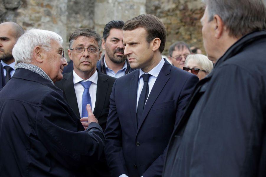 Emmanuel Macron à Oradour-sur-Glane, le 28 avril 2017.