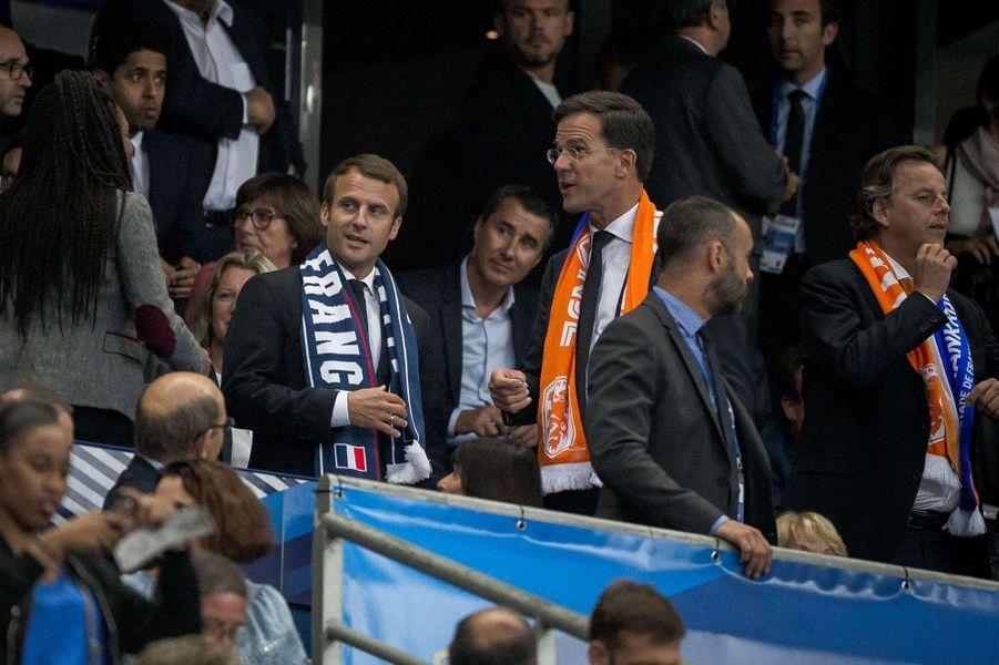 Emmanuel Macron au Stade de France avec le Premier ministre néerlandais,Mark Rutte.