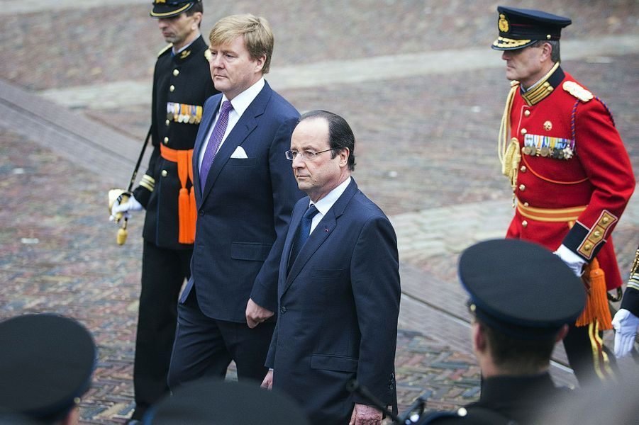 Accueil royal pour Hollande aux Pays-Bas