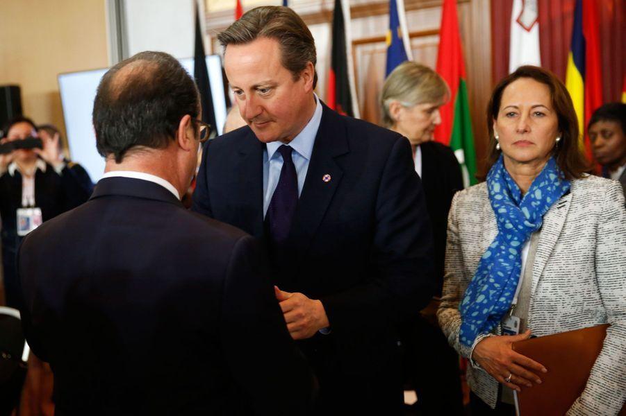 François Hollande lance un dernier appel avant la COP21