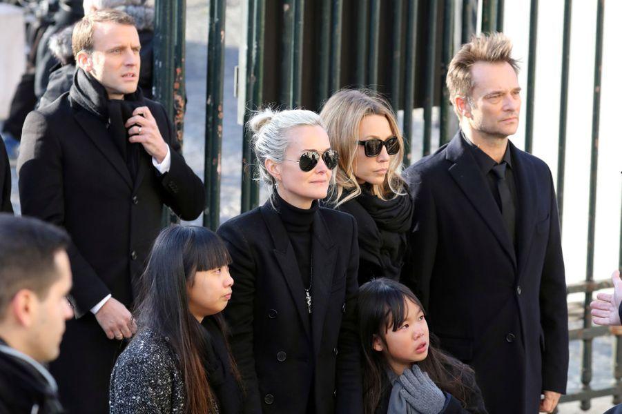 Hommage à Johnny Hallyday : l'émotion d'Emmanuel et Brigitte Macron