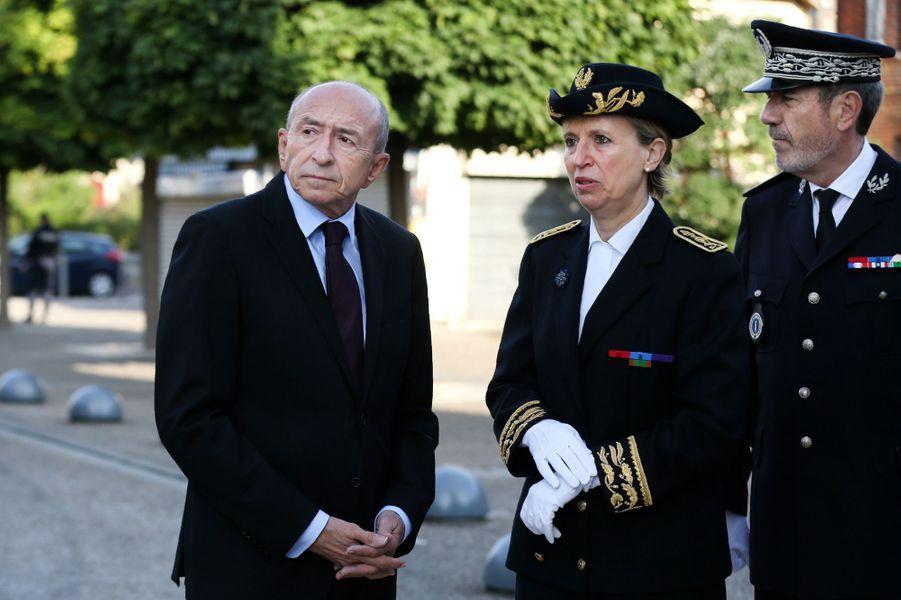 Gerard Collomb et la prefète de Normandie Nicole Kleinassistent à l'hommage au père Jacques Hamel.