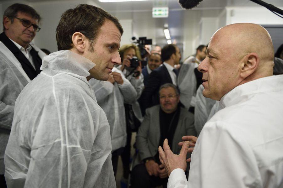 Emmanuel Macron avec le chef Thierry Marx, en janvier dernier