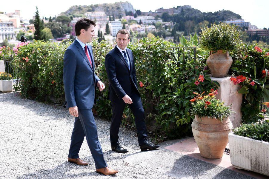 Emmanuel Macron et Justin Trudeau,vendredi à Taormina (Sicile).