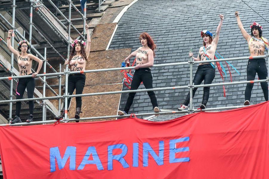 Les Femen manifestent à nouveau dans le fief du FN à Hénin-Beaumont