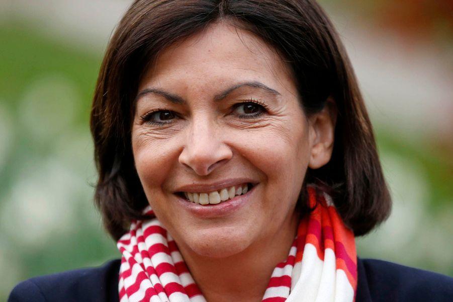 Selon les estimations de l'Ifop pour Europe 1, la candidate socialiste Anne Hidalgo a remporté l'élection municipale à Paris avec 54,5% des suffrages contre 44,5% pour sa rivale UMP Nathalie Kosciusko-Morizet. Il faudra néanmoins attendre le détail par arrondissement.