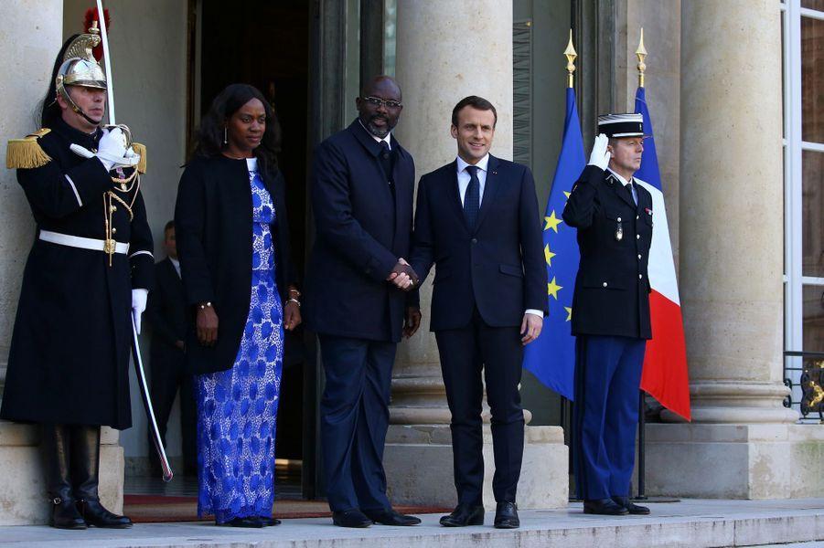 George Weah et son épouse Clar à l'Elysée, reçus par Emmanuel Macron.