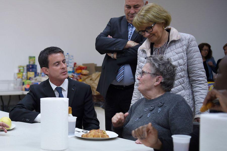 Manuel Valls à Nemours