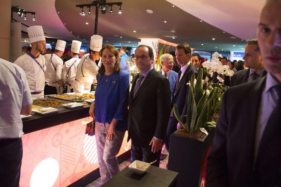 Ségolène Royal et François Hollande dans la loge présidentielle