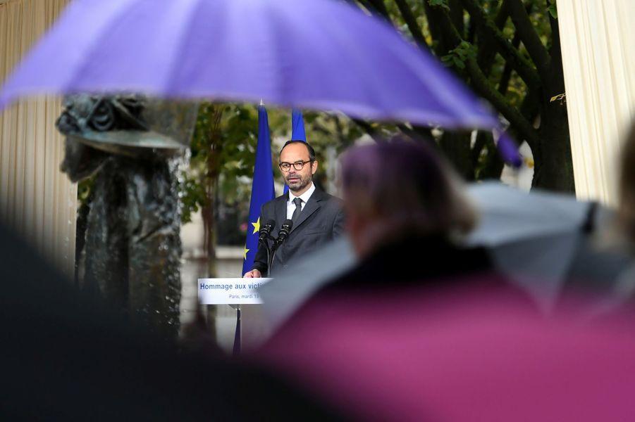 Edouard Philippe mardiaux Invalides, àl'occasion de l'hommage national aux victimes de terrorisme.