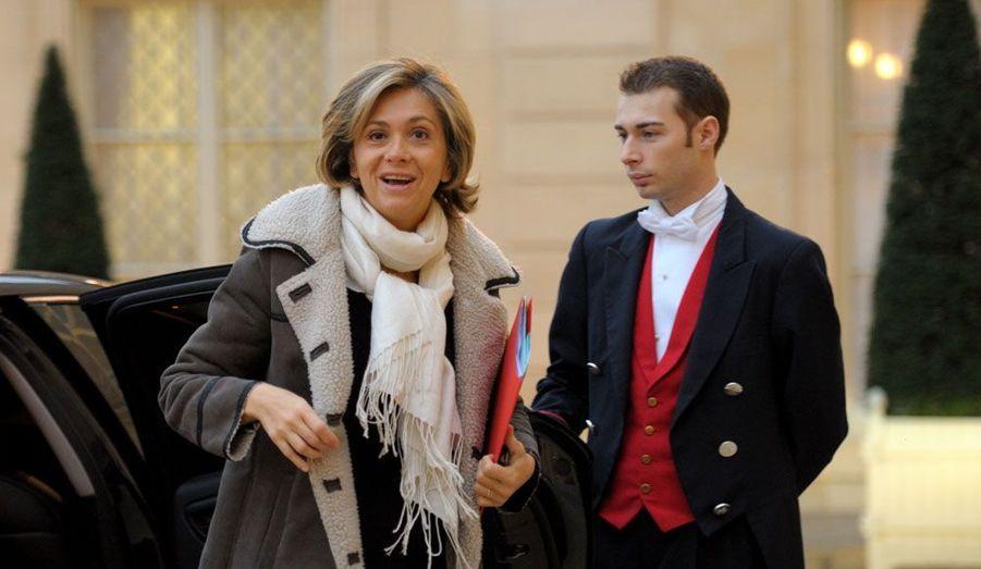 Elle a passé cinq ans au gouvernement et revient dans son fief de Versailles, dans les Yvelines, qui l'avait (très) confortablement élue en 2002 et 2007.