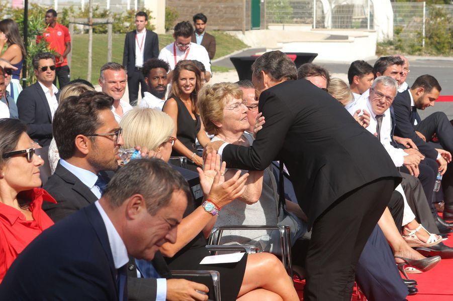 Nicolas Sarkozyet Christiane Kopa lors de l'inauguration du centre de vie «Raymond Kopa» au Stade de Reims.