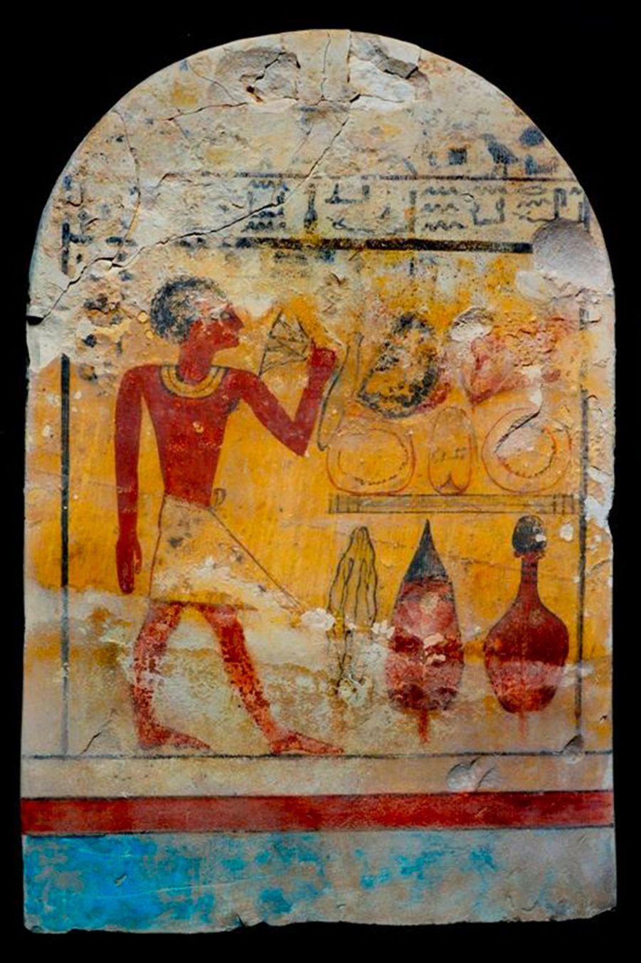 Le jardin contenait trois stèles funéraires décorées de scènes pharaoniques.