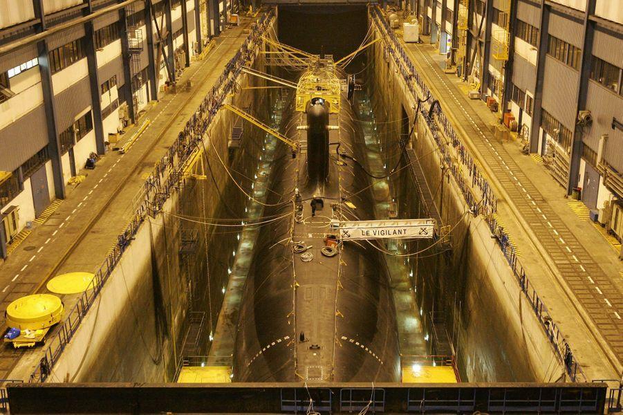 """Le sous-marin nucléaire """"le Vigilant"""" à Brest, en 2005."""