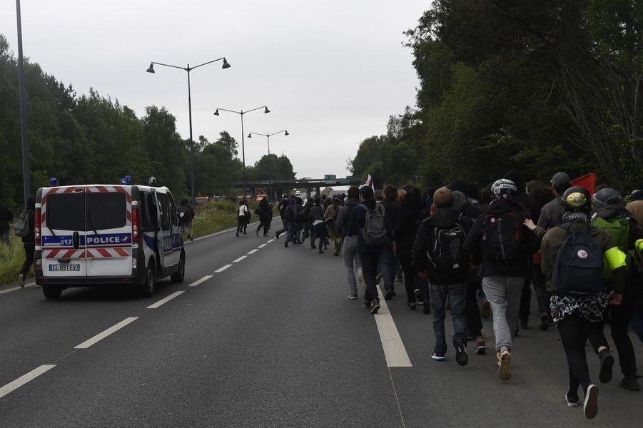 A Rennes, la police charge et fait plusieurs blessés