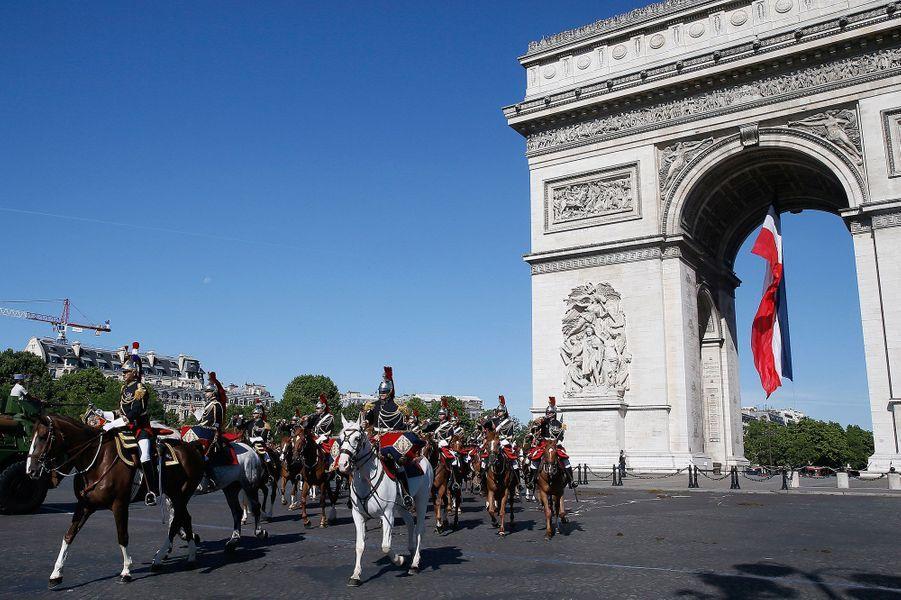 Le défilé du 14 Juillet se déroule vendredi, sur les Champs-Elysées, à Paris