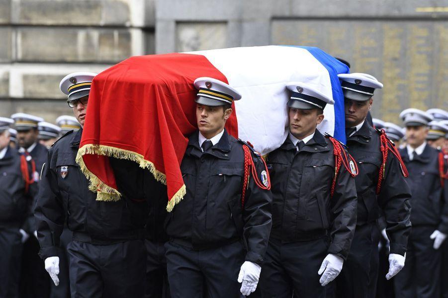 L'hommage à Xavier Jugelé se tenait mardi matin.