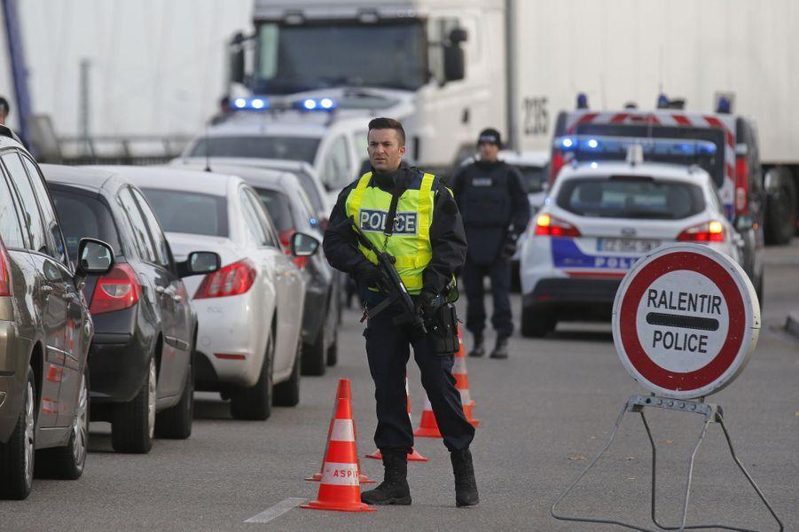 Après les attaques à Paris, les contrôles ont redémarré aux frontières comme ici à Strasbourg