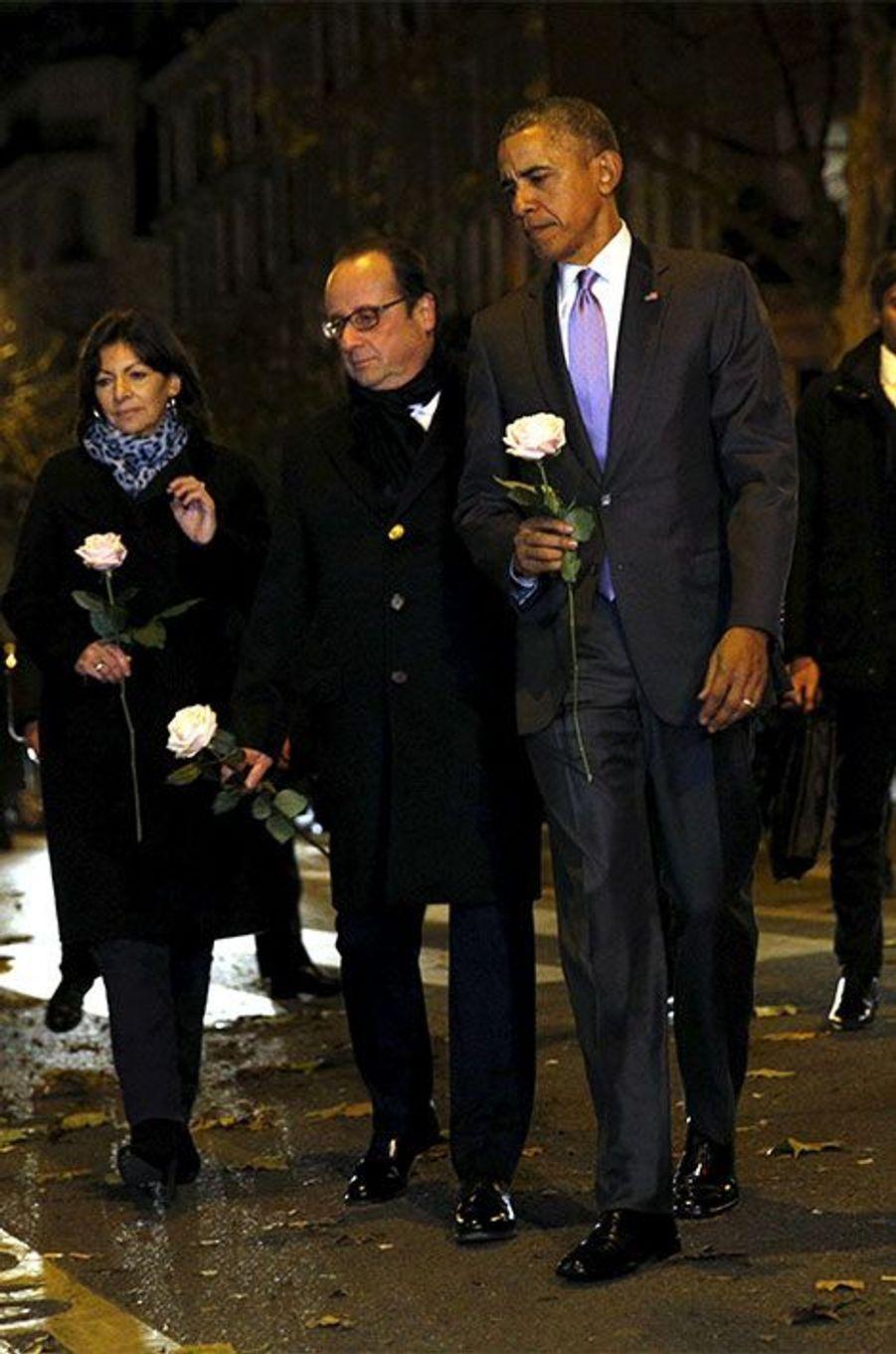 Barack Obama s'est recueilli devant le Bataclan