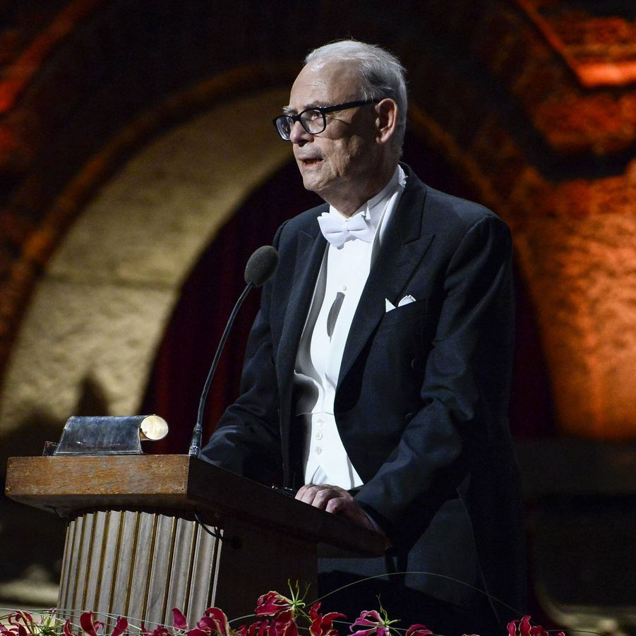 Patrick Modiano, promu officier
