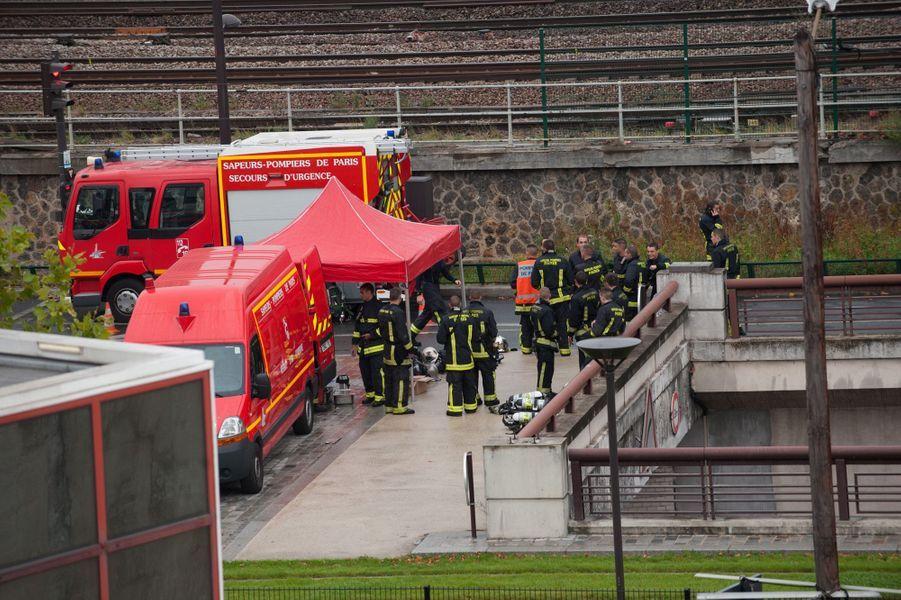 Les pompiers premiers sur le front à la Cité des Sciences